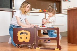 Torre de Aprendizaje convertible en pupitre ToddlerInFamily